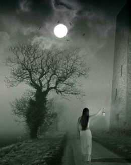 Girl-in-Fogy-Moon-Night